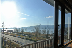 琵琶湖博物館前